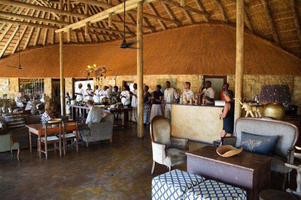 Lunch time at the veranda at the Motswari camp